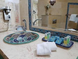 Mount Zion Boutique Hotel Jerusalem - Bathroom