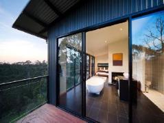 Elevated Plains Retreat Villa 3   Australia Budget Hotels