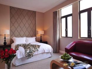 Broadway Mansions Hotel Shanghai - Guest Room