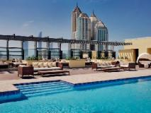 Southern Sun Abu Dhabi Hotel: swimming pool