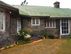Pettagan Chateau Bungalow | Sri Lanka Budget Hotels