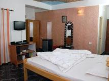 ABA Hotel And Resorts: guest room