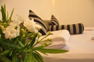 /green-villa/hotel/unawatuna-lk.html?asq=jGXBHFvRg5Z51Emf%2fbXG4w%3d%3d