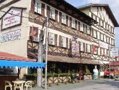 Hotel in Philippines Angeles / Clark | Swiss Chalet