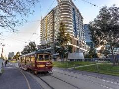 Mccrae at Docklands Apartments | Australia Budget Hotels