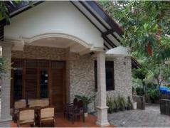 Orlinds Basule Guest House | Indonesia Budget Hotels