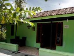 Orlinds Matoa Guesthouse | Indonesia Hotel