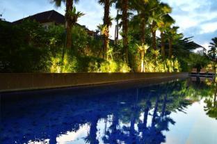 /fr-fr/harris-hotel-seminyak/hotel/bali-id.html?asq=jGXBHFvRg5Z51Emf%2fbXG4w%3d%3d