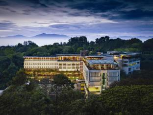 Padma Hotel Bandung Bandung - Exterior