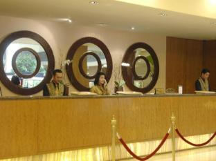 The Sultan Hotel Jakarta - Rezeption