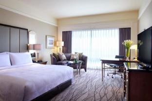 /jw-marriott-surabaya-hotel/hotel/surabaya-id.html?asq=bs17wTmKLORqTfZUfjFABlmMWHqIClAVa27K7XPLicahfeRim25EANvMkq3vmdUY