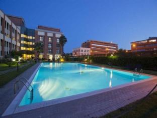 /da-dk/leonardo-da-vinci-rome-airport-hotel/hotel/rome-it.html?asq=m%2fbyhfkMbKpCH%2fFCE136qbXdoQZJHJampJTaU6Q8ou26UvQZ%2fA2qPz1Oo7VfUm70