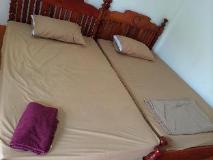 Vang Vieng Mai Guesthouse: guest room