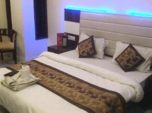 Hotel Saffron Inn