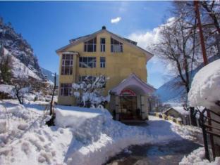 /khushboo-resorts/hotel/manali-in.html?asq=jGXBHFvRg5Z51Emf%2fbXG4w%3d%3d