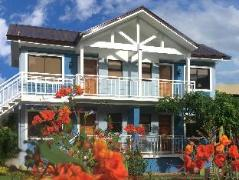 Philippines Hotels | The Carmelence Lodge