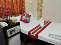 Oxford Guest House - Premium Guest House Limited: guest room