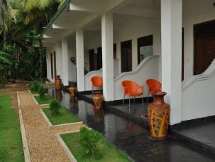 /daffodil-holiday-resort/hotel/unawatuna-lk.html?asq=jGXBHFvRg5Z51Emf%2fbXG4w%3d%3d