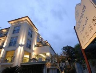 /hotel-villa-rosa-desenzano/hotel/desenzano-del-garda-it.html?asq=jGXBHFvRg5Z51Emf%2fbXG4w%3d%3d