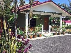 Malaysia Hotels   Rumah Jua at D Idaman Chalet