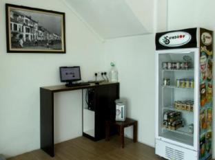 Place2Stay @ Riverside Kuching - Vending Machine