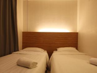 Place2Stay @ Riverside Kuching - Twin Single Deluxe Room