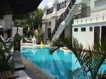 Shwe Taung Tarn Hotel: swimming pool