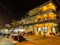 Moon's Homestay | Cheap Hotels in Vietnam