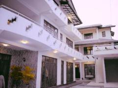 Lake View Hotel | Sri Lanka Budget Hotels