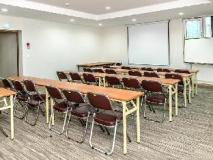 Jeju Avillos Serviced Residence: meeting room