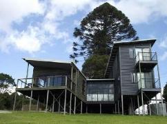 One Tree Holiday House