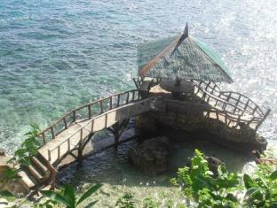 Odlot Hideaway Beach Resort