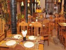 Green Land Motel: restaurant