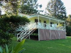 Australia Hotel Booking | Walkabout Bunya Mountains Holiday House
