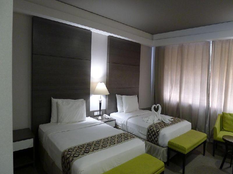 88 コートヤード ホテル (88 Courtyard Hotel)