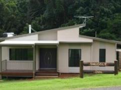 Snuggle Inn Holiday House