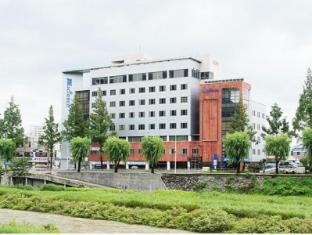 /nl-nl/jeonju-jk-guesthouse/hotel/jeonju-si-kr.html?asq=vrkGgIUsL%2bbahMd1T3QaFc8vtOD6pz9C2Mlrix6aGww%3d