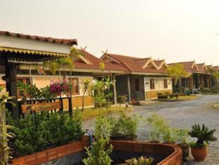 Chiang Rai Khuakrae Resort