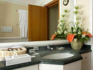 Residenza Paolo VI Rome - Bathroom
