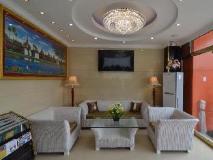 Hotel Moe Thee:
