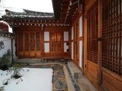 Dahmsojung Hanok Guesthouse 2