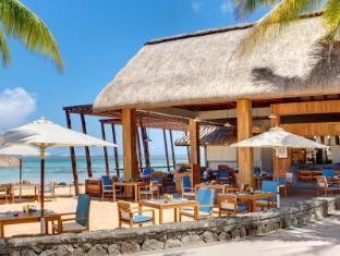 /outrigger-mauritius-beach-resort/hotel/mauritius-island-mu.html?asq=jGXBHFvRg5Z51Emf%2fbXG4w%3d%3d