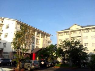 Sky Nha Trang Hotel