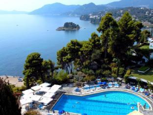 /hotel-corfu-holiday-palace/hotel/corfu-island-gr.html?asq=5VS4rPxIcpCoBEKGzfKvtBRhyPmehrph%2bgkt1T159fjNrXDlbKdjXCz25qsfVmYT
