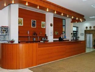 /hotel-capitol/hotel/brasov-ro.html?asq=jGXBHFvRg5Z51Emf%2fbXG4w%3d%3d