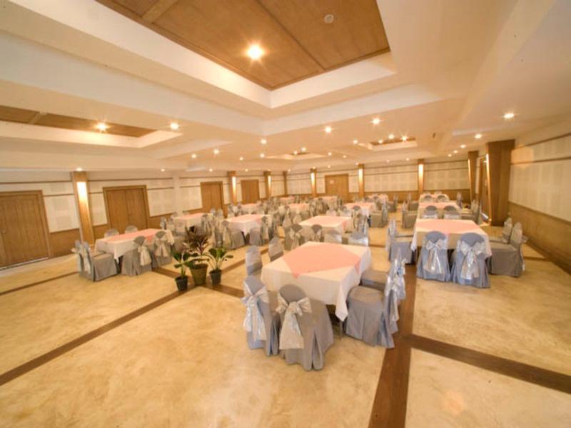 AANA Resort & Spa56
