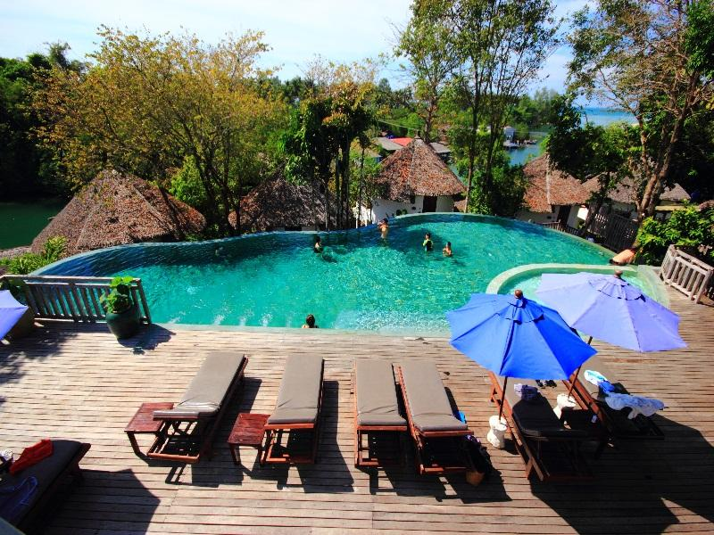 AANA Resort & Spa70