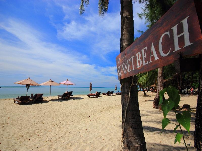 AANA Resort & Spa81