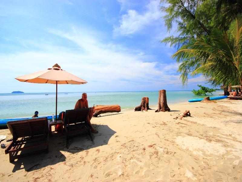 AANA Resort & Spa85
