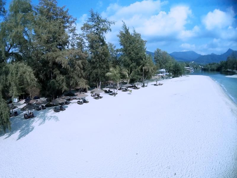 AANA Resort & Spa12